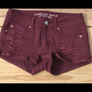 American Eagle maroon distressed shortie shorts 2